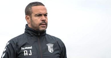 Ex-defesa Artur Jorge assume comando técnico do SC Braga