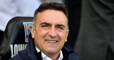"""Carvalhal espera AEK """"forte"""", mas quer Braga a começar a ganhar"""