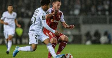 Carvalhal quer vencer Vitória SC, mas diz que não há favoritos em dérbis