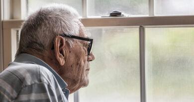 Doença de Alzheimer tem custos anuais equivalentes a 1% do PIB